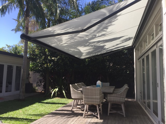 Markliux 990 Folding Arm Awning - installed at Willoughby by East coast Shade Design