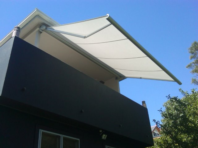 Folding Arm Retractable Awning - Merewether - installed by East Coast Shade Design