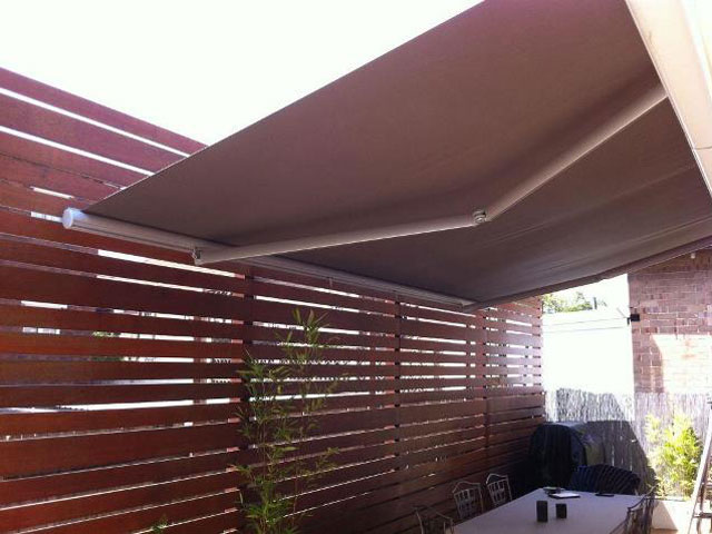 Folding Arm Awning installed at Bellevue Hill by East Coast Shade Design