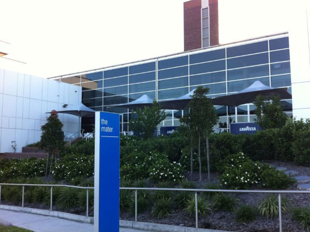 Skyspan Umbrella Horizon installed at Mater Hospital by East Coast Shade Design