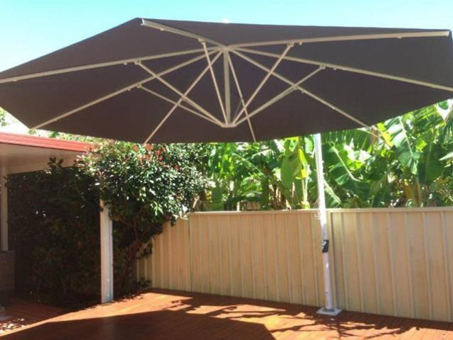 Ultrashade Umbrella installed by East Coast Shade Design Kahibah Newcaslte