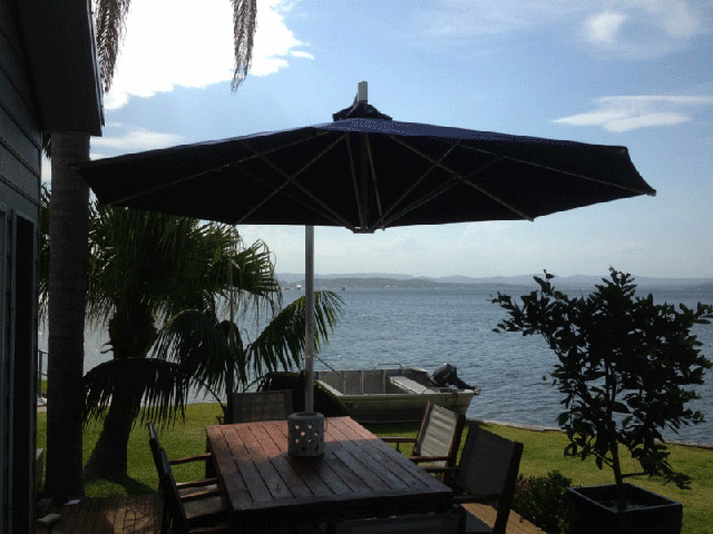 Ultrashade Umbrella installed by East Coast Shade Design Marks Point Lake Macquarie
