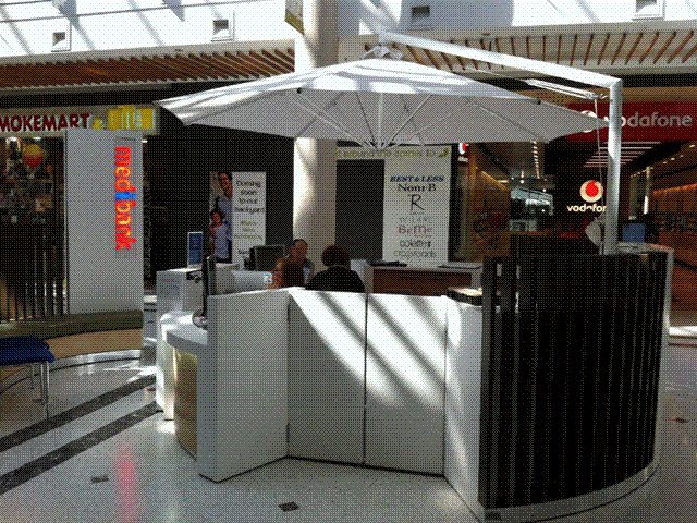 Ultrashade Umbrella installed by East Coast Shade Design Medibank Kiosk Charlestown Shopping Centre