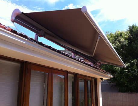 Motorised canopy
